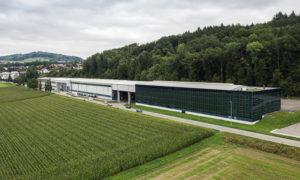 Emplacement: Dottikon Affectation: Production et bureaux Surface utile: 5'670 m2